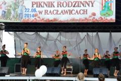 Prezentacja artystyczna na Pikniku Rodzinnym w Racławicach - 22.06.2014r.